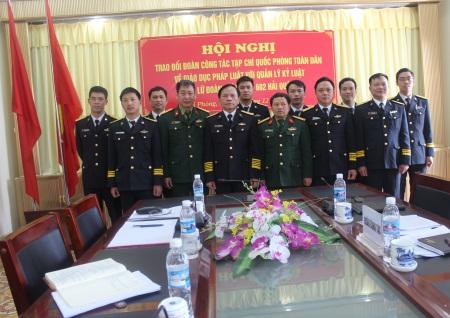 Lữ đoàn Thông tin Hải quân 602 gắn giáo dục pháp luật với quản lý kỷ luật bộ đội