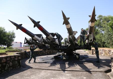 Sư đoàn Phòng không 365 thực hiện ba khâu đột phá